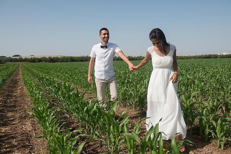 צילומי זוגיות בשדה