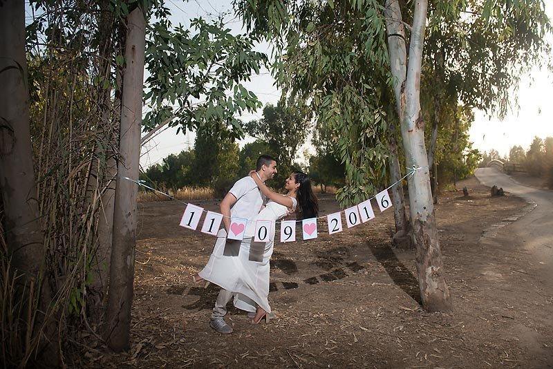 מילומי טרום חתונה ליד בחורשה בשתולים