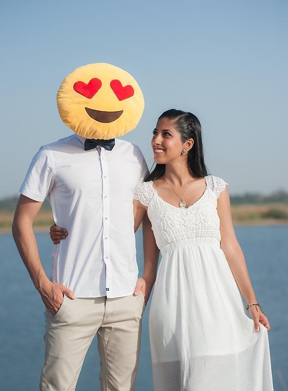 משתעשעים עם אימוג'י בצילומי טרום חתונה
