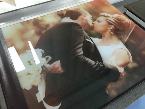 אלבום חתונה בכריכת זכוכית